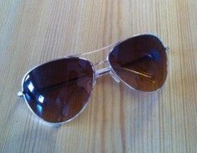 Nya solglasögon, pilotbrillor