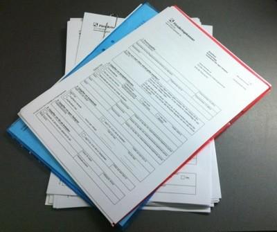 Ansökningar till Försäkringskassan. De vill att jag ska bifoga en del papper...Veckans minus.