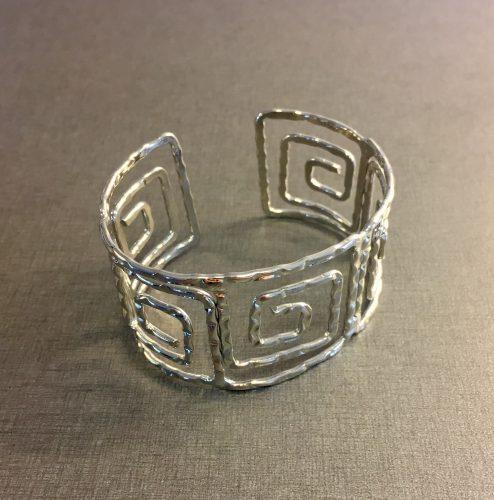 Grekiskt brett armband i silver