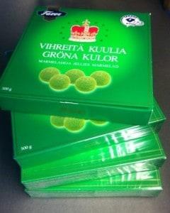 Fyra askar gröna kulor marmelad från Fazer