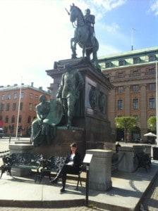 Arga Klara och statyn med Gustav II Adolf och Axel Oxenstierna
