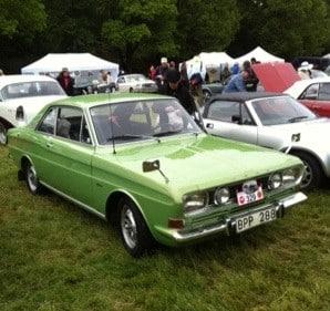 Ford Taunus, limegrön, på Prins Bertil memorial