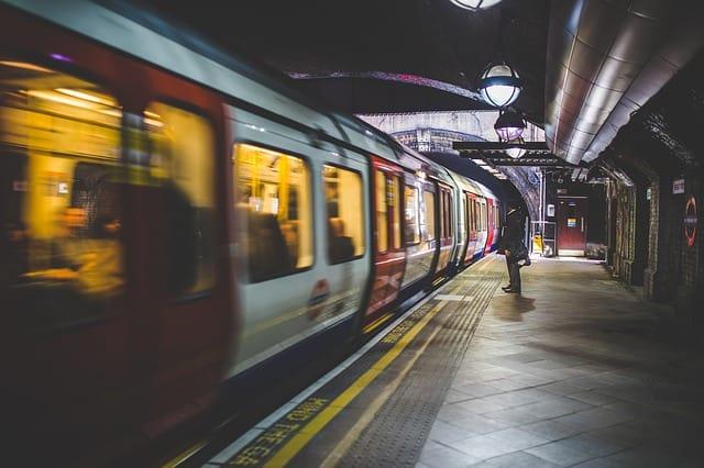 Tunnelbana perrong