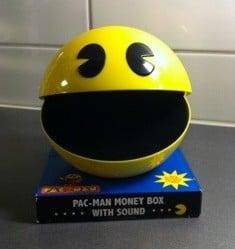 Sparbössa som ser ut som Pacman, med ljud. Julklappar.