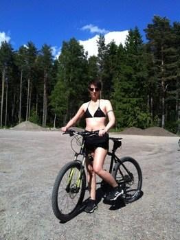 Arga Klara på cykelutflykt