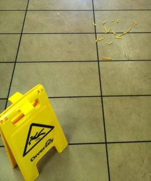 Pommes frites. Att lösa problem vid en olycka!