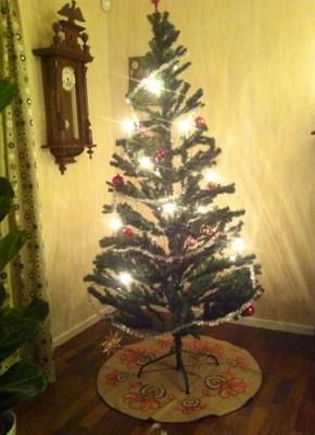 Julgran, plastgran. En och annan bisarr julklapp.