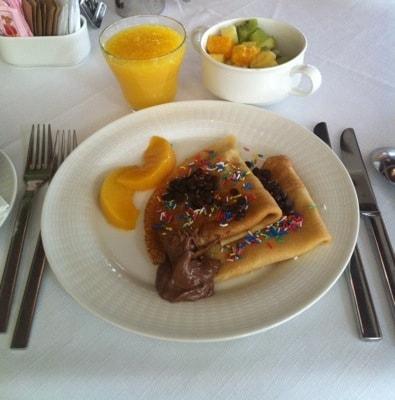 Frukost, pannkakor med strössel