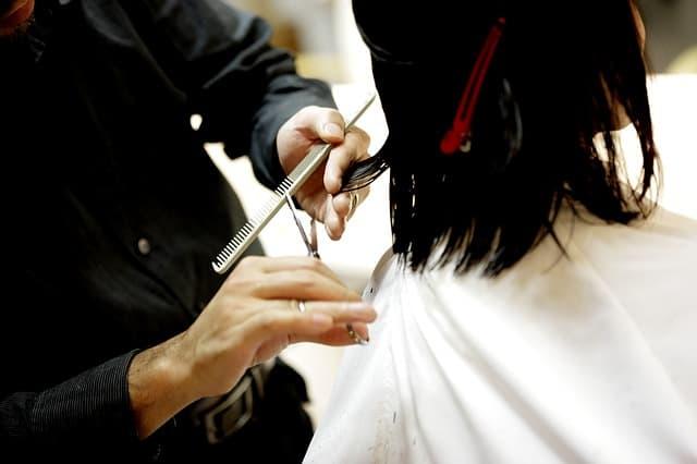Klippning hos frisör