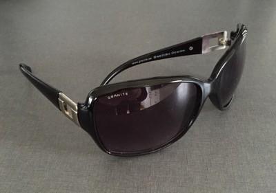 Solglasögon. Nya solbrillor. Mysigt på stan i vårsolen!