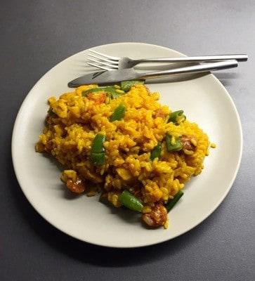 Paella med chorizo och kyckling
