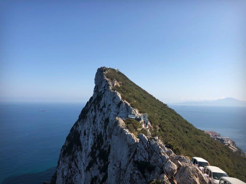 Toppen av Gibraltar, the rock. Himmel, hav och utsikt.